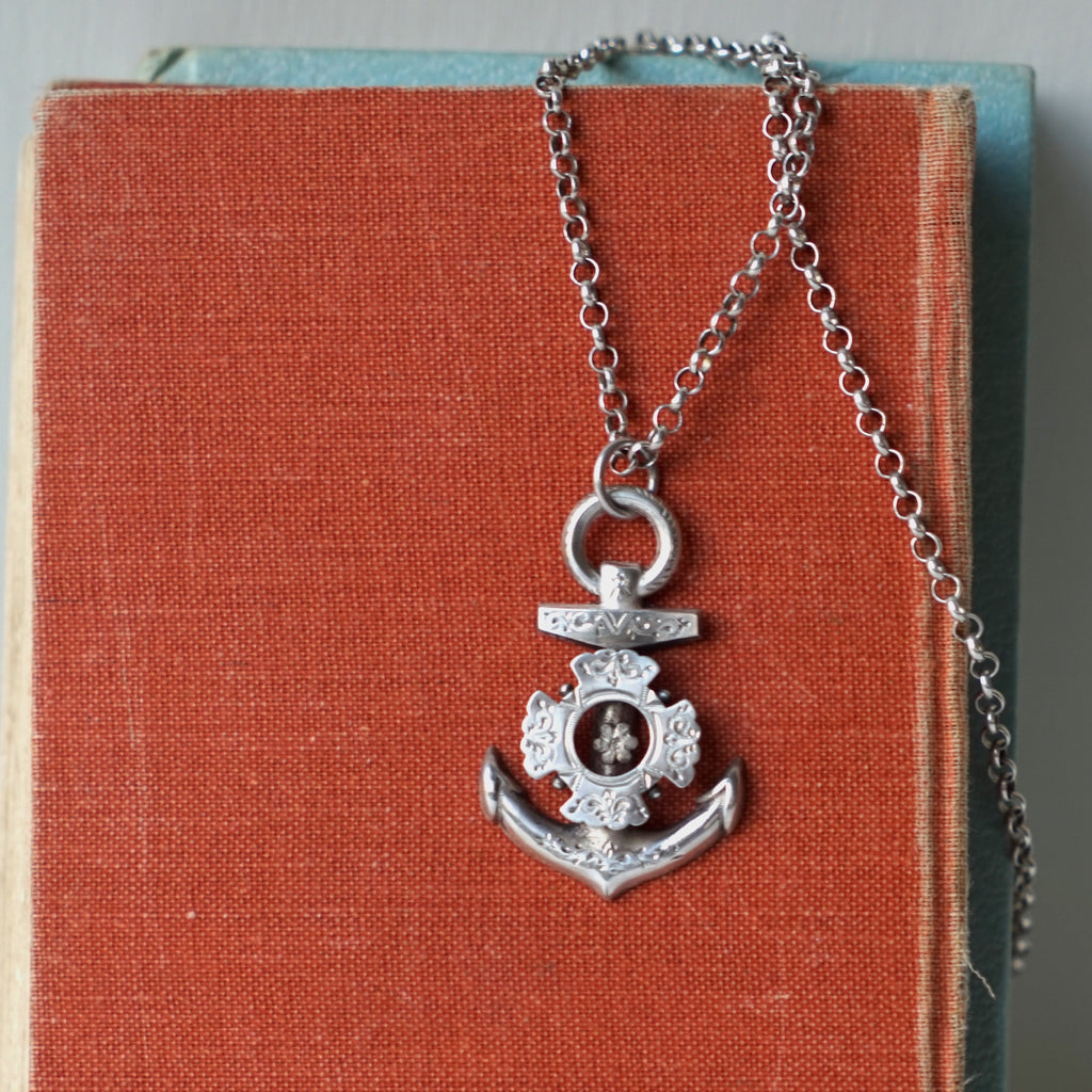 Antique Silver Anchor Belcher chain
