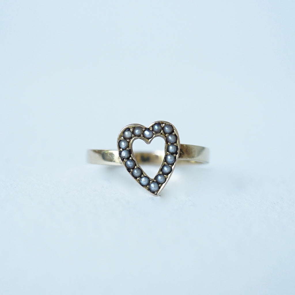 9ct Gold Seed Pearl Antique Heart Ring