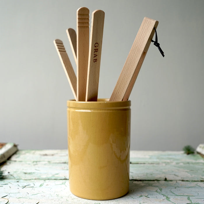 Grab Grub Wooden Tongs for toaster