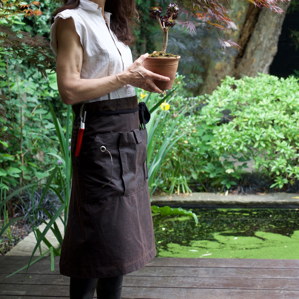 Waxed cotton Garden Apron