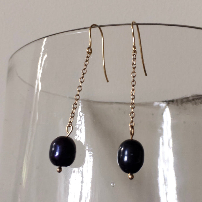 Freshwater Black pearl and Gold Chain Hook Earrings.