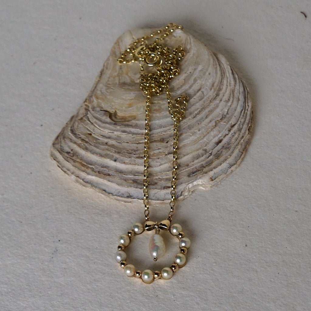 9ct Gold and Seed pearl Lover's Eye Necklace. Badger's Velvet