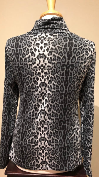 Leopard Turtle Neck
