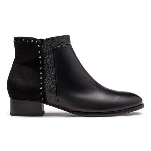 Cristion 25 Boots in Black Leather