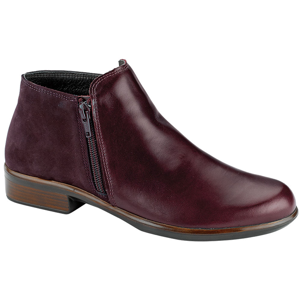 Helm in Bordeaux Leather/Nubuck