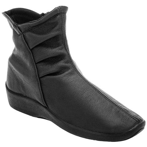 L19 Boot in Black