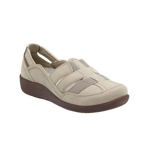 Sillian Stork Casual in Sand Fabric