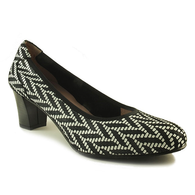 Laos Pump in Black and White Chevron
