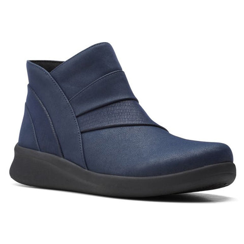 Clarks Sillian 2.0 Rise Bootie Navy at Mar-Lou Shoes