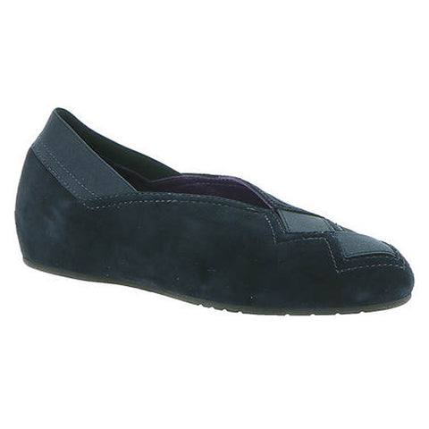 Vaneli Pandy in Navy Suede at Mar-Lou Shoes