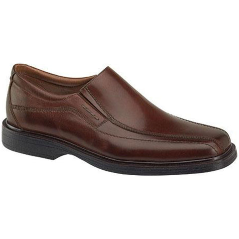 Penn Runoff Dress Shoe in Red Brown