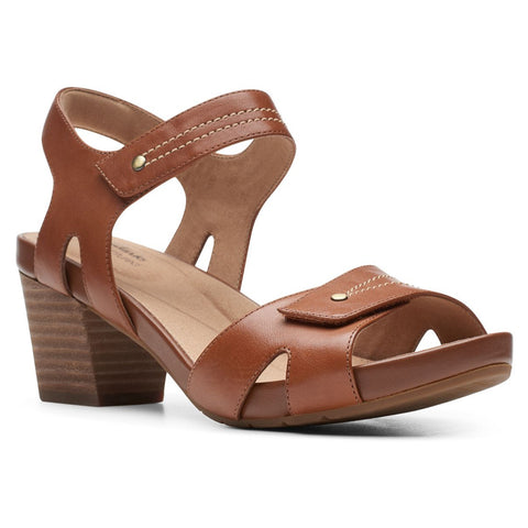 Clarks Un Palma Vibe Sandal in Mahogany Leather at Mar-Lou Shoes