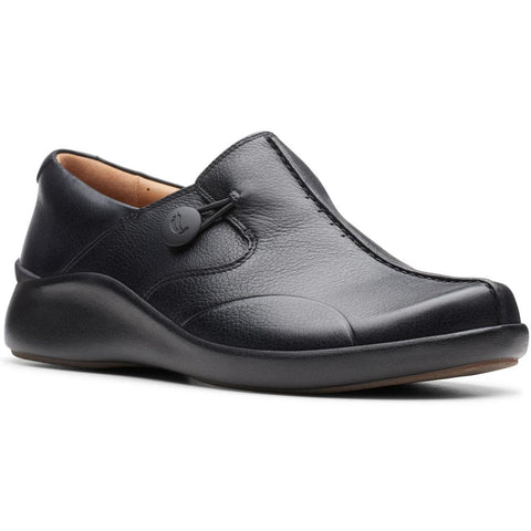 Clarks Un Loop 2 Walk in Black Leather at Mar-Lou Shoes