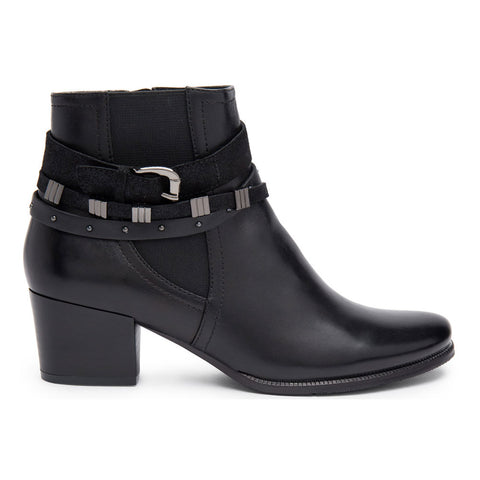 Isabel 26 Boots in Black Leather