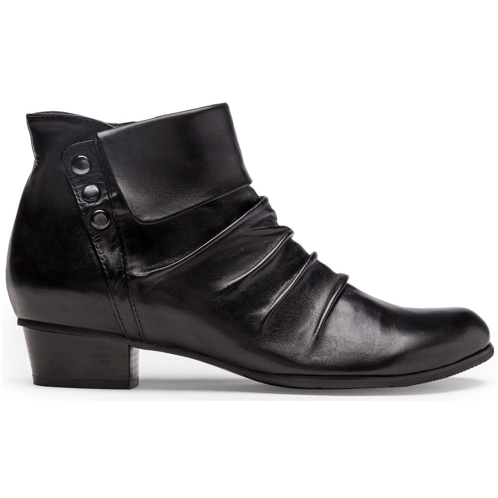Stefany 278 Bootie in Black Leather