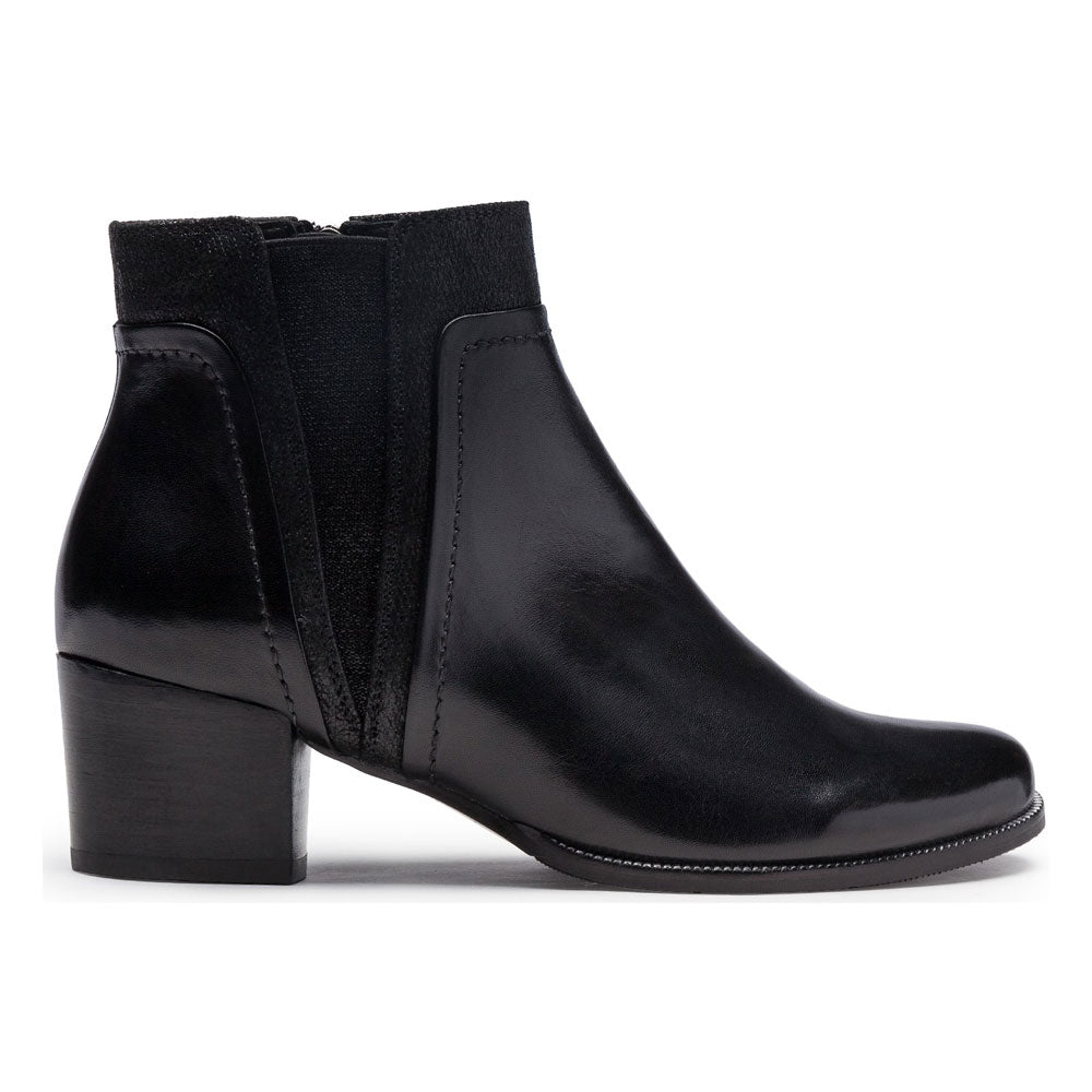 Isabel 50 Boots in Black Leather