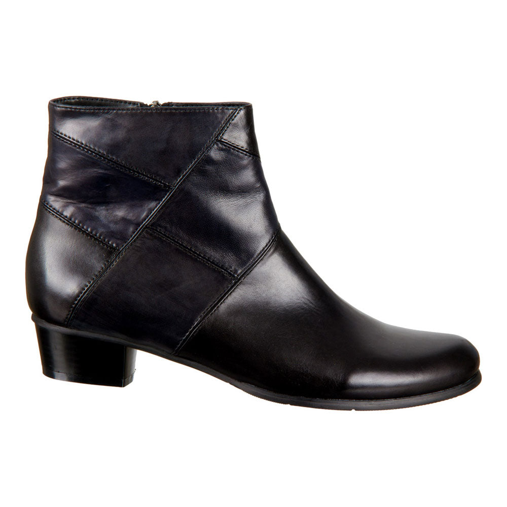 Stefany 276 Boot in Black Leather