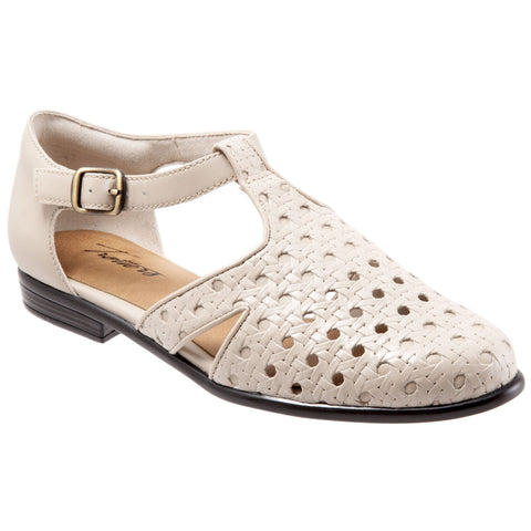 Leatha Open Weave Sandal in Bone