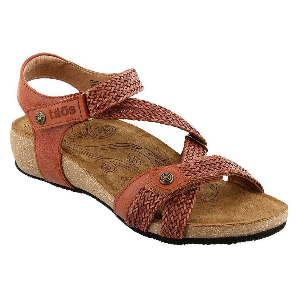Taos Trulie Sandal in Brick Leather at Mar-Lou Shoes