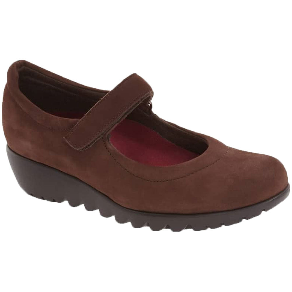 Pia in Brown Nubuck