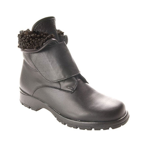 Toe Warmers Michigan Waterproof Bootie in Black Leather at Mar-Lou Shoes