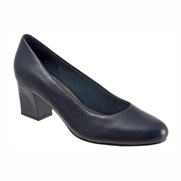 Candela Pump in Navy Leather