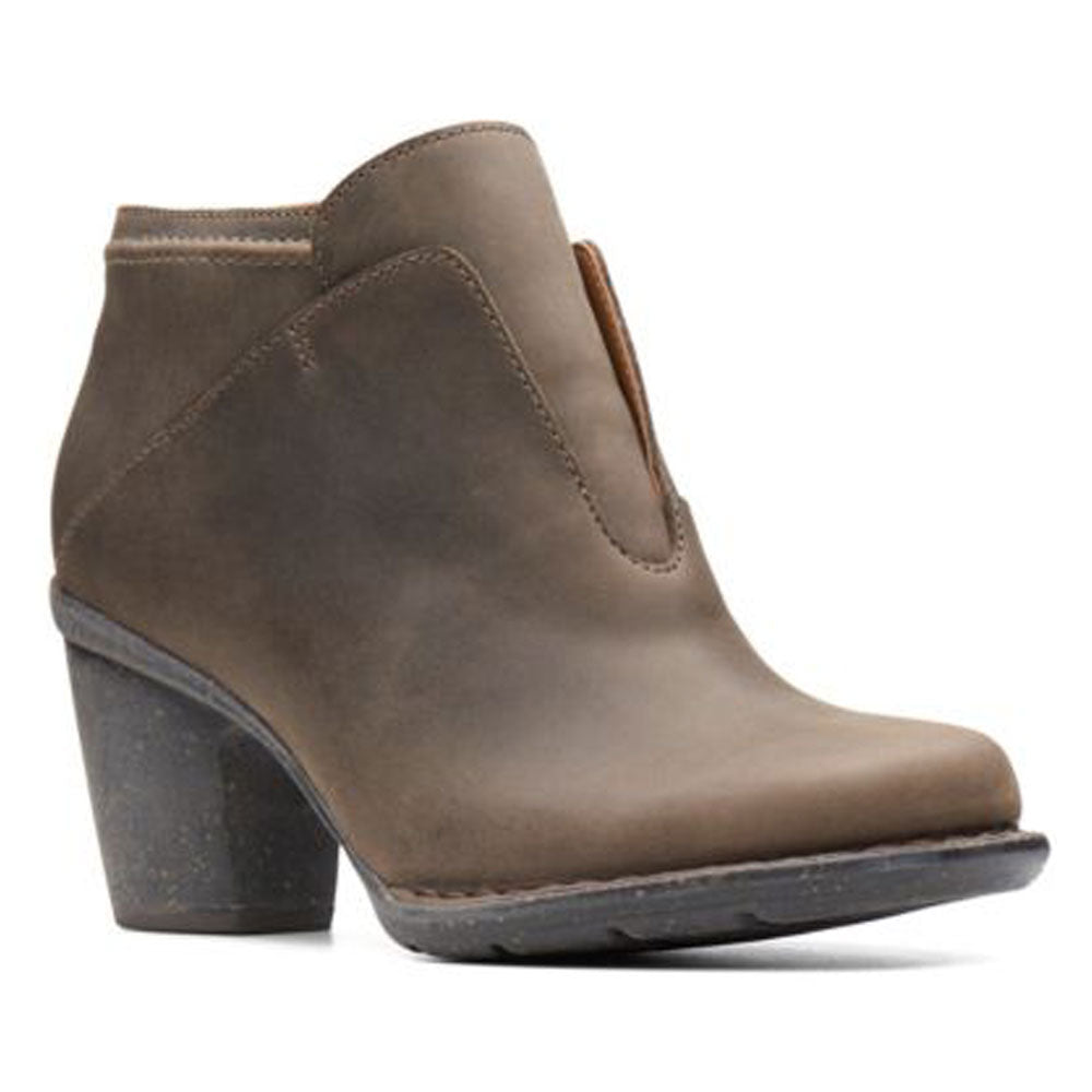 Carleta York Boots in Taupe Oiled Leather