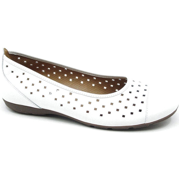Ballet Flat in Perforated White Leather