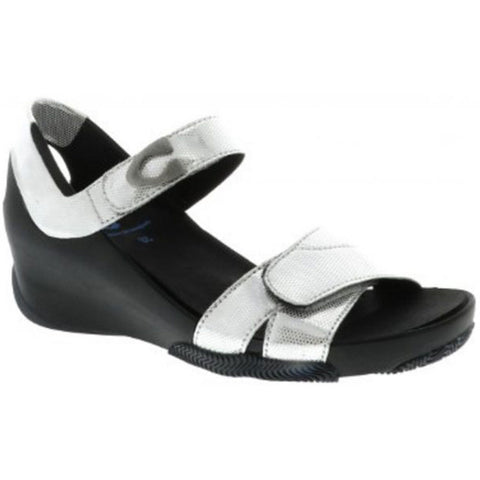 Epoch Sandal in White Biocare Venus