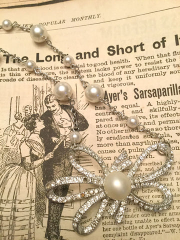 Vintage Rhinestone and Pearl Bow Necklace