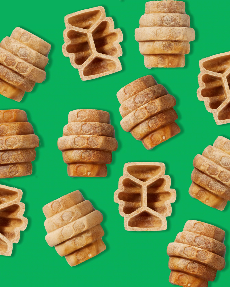 Rowdie & Qwizl Tough Chewer Play Set (Orange and Aqua Blue)  (Drop-Ship)