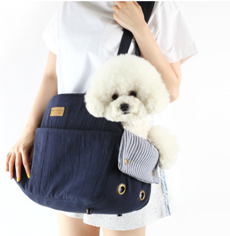 ALP | V Shoulder Bag in Navy