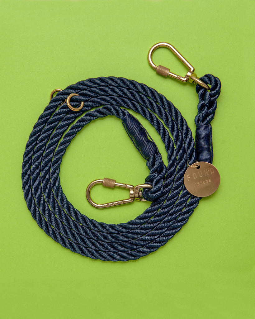Adjustable Rope Lead in Navy