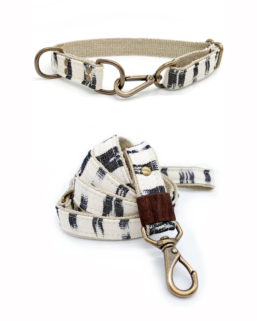 White and Black Leash & Collar Set (Drop-Ship)