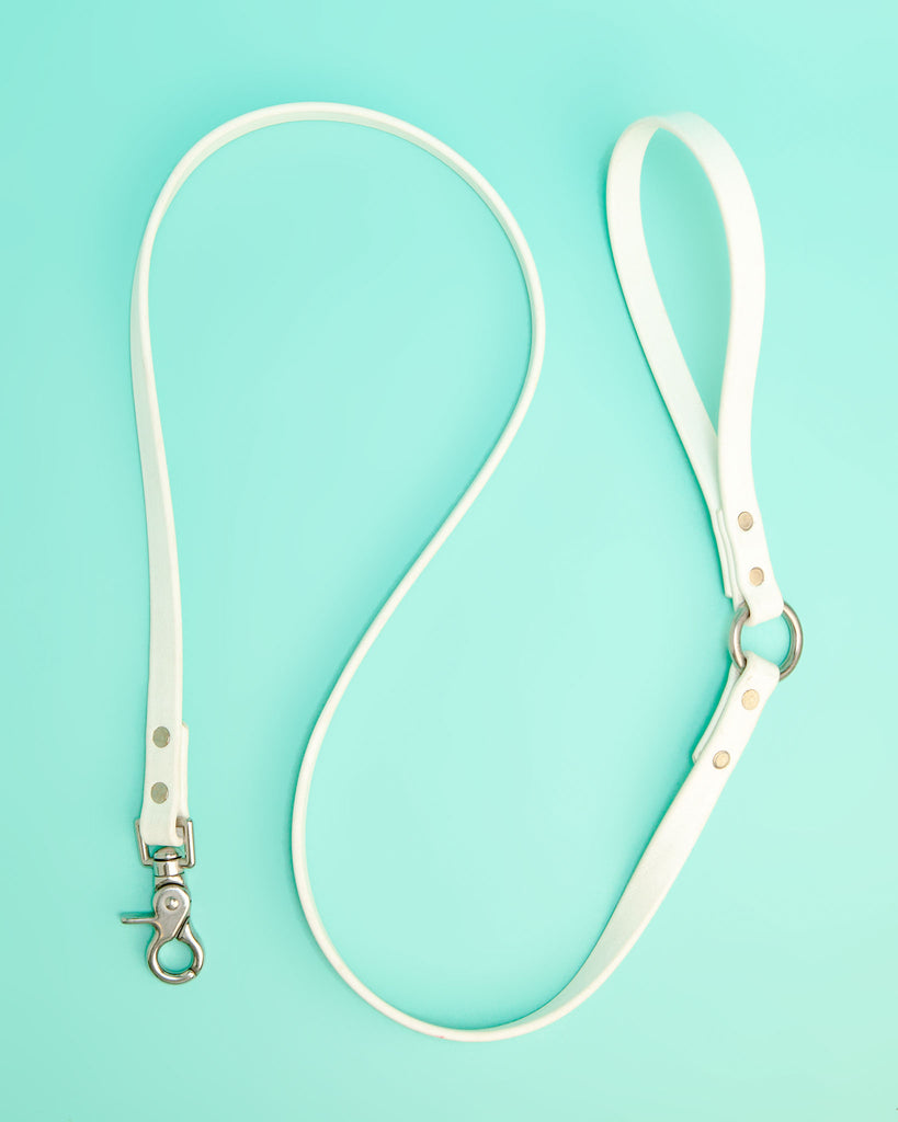 City Leash in Bright White