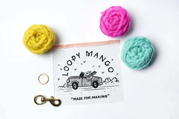 LOOPY MANGO | DIY PomPom for Leash Kit in Jungle Green