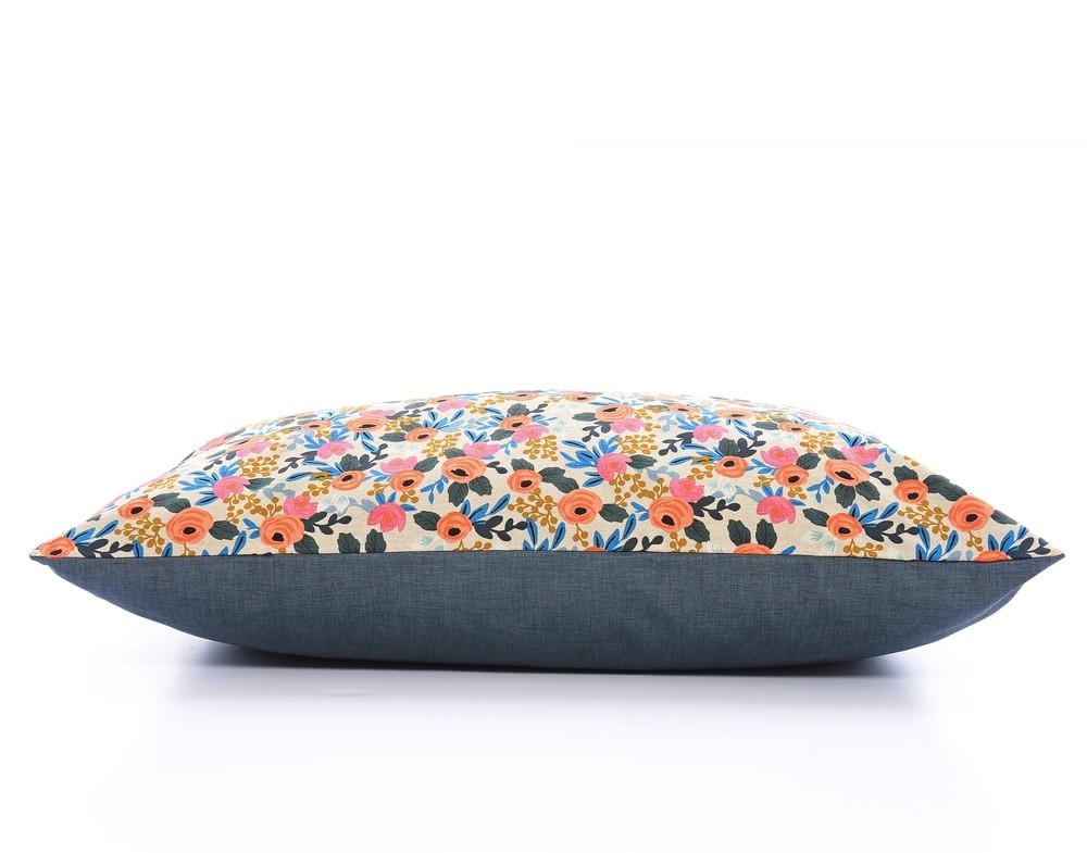 THE FOGGY DOG | Rosa Floral Dog Bed Cover