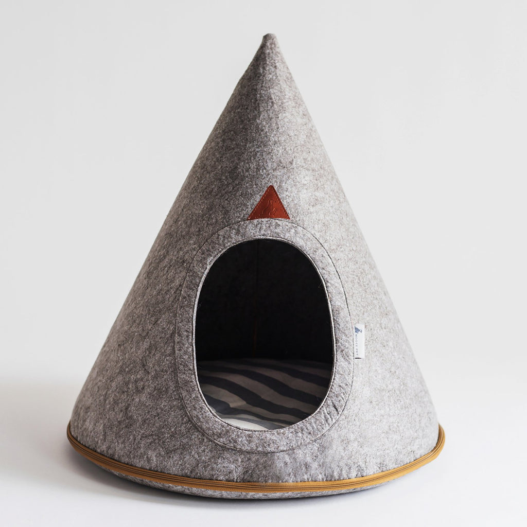 Molly Soft Grey Dog Cave (X-Large)