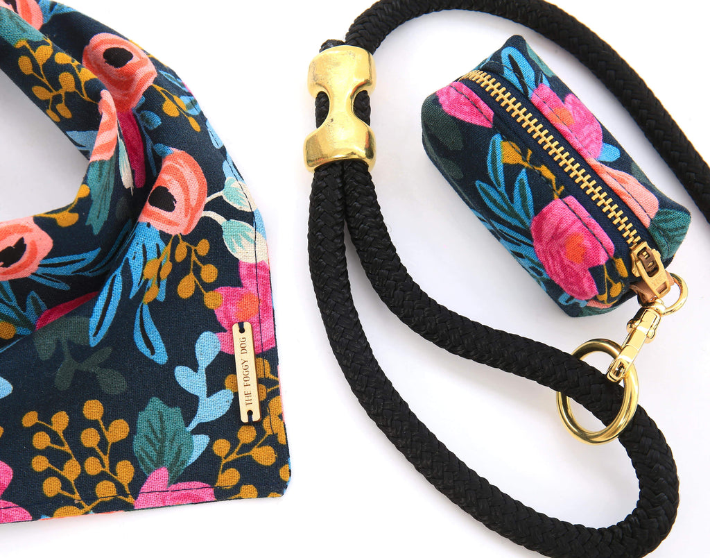 Rosa Floral Navy Leash Bag