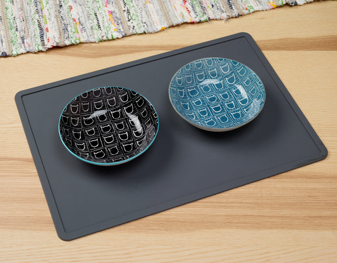 Silicone Placemat in Dark Grey