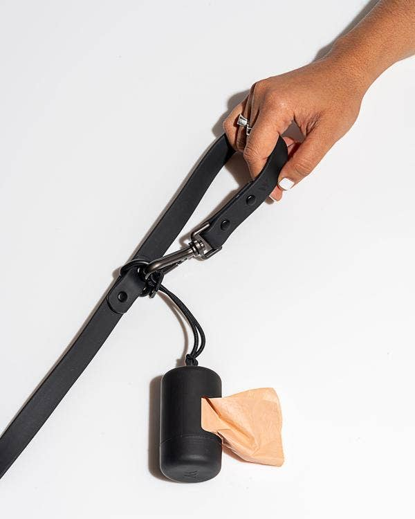 Poo Bag Carrier in Black