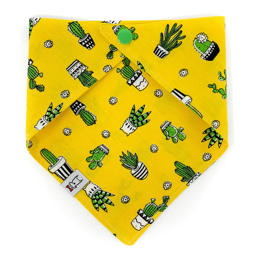 Snap-on Dog Bandana in Yellow Cactus