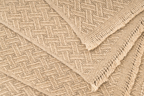"""Linked Chains"" Handwoven Hemp Placemat & Table Runner Set"