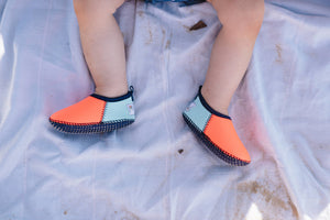 Neoprene Swim Shoes for Toddler in Coral & Mint