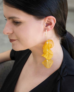 FALLING PETALS DANGLE EARRINGS