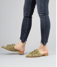 JENELLE TRIPLE KNOT POINTED MULES