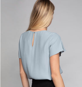 FRONT AND SLEEVE INSIDE TRUCKING BLOUSE