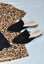 FLAT LEATHER INSOLE WITH FAUX FUR IN BLACK