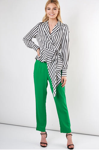 STRIPE TIE WRAP TOP IN WHITE & BLACK
