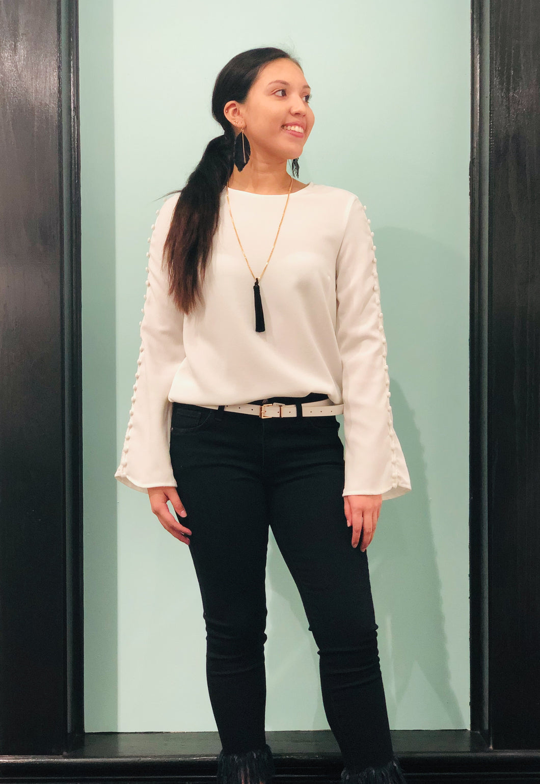 BUTTON LONG SLEEVE IVORY TOP